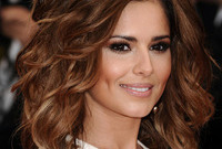 Cheryl-coles-makeup-for-brunettes-side